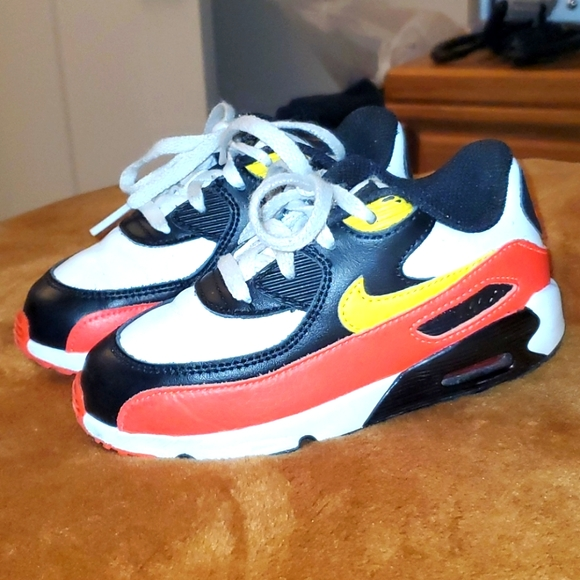 Air Max 90 in kids size 9c